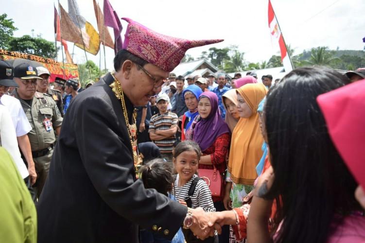 Warga Wayharu Apresiasi Pembangunan Jalan Menuju Bangkunat